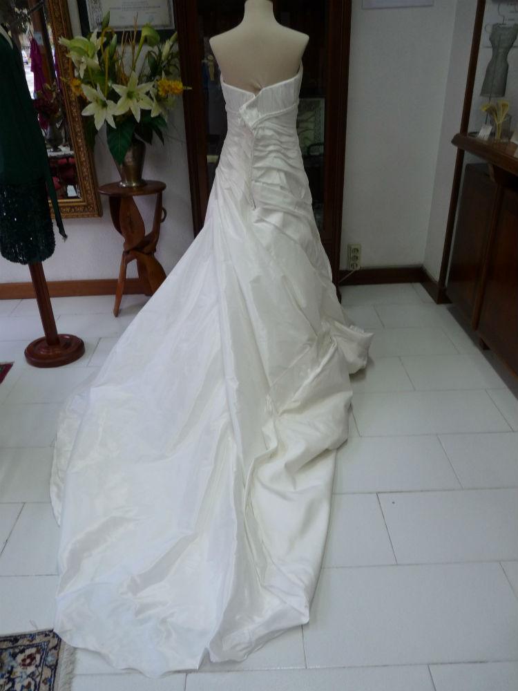limpiar vestido de novia:antes y después de pasar por tintorería laura